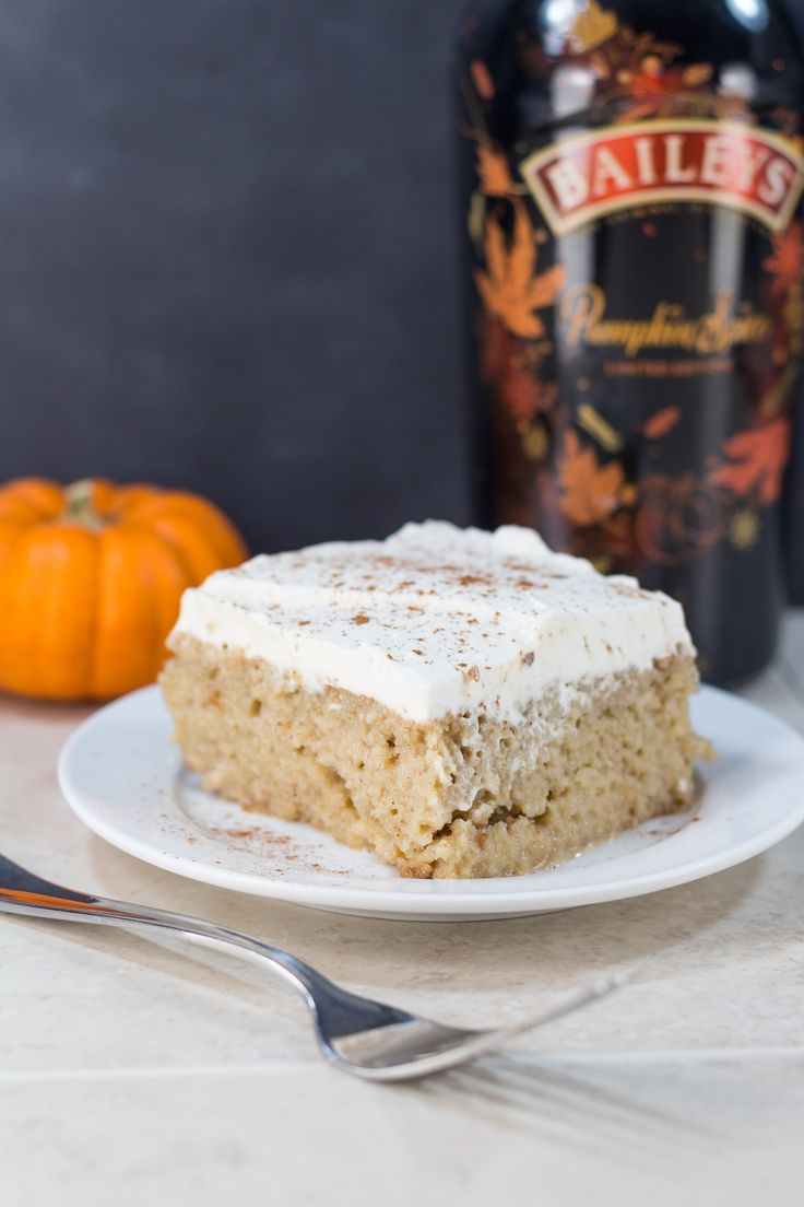 Bailey's Pumpkin Spice Tres Leches Cake | http://www.roseclearfield.com