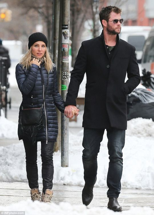 Elsa Pataky and Chris Hemsworth snow style
