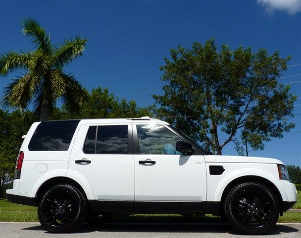 2013 land rover lr4 fuji white w black rims fours pinterest cars mom and white rims. Black Bedroom Furniture Sets. Home Design Ideas
