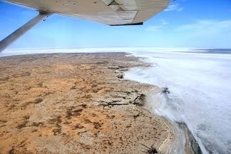 Lake Eyre 95% dry in December 2012