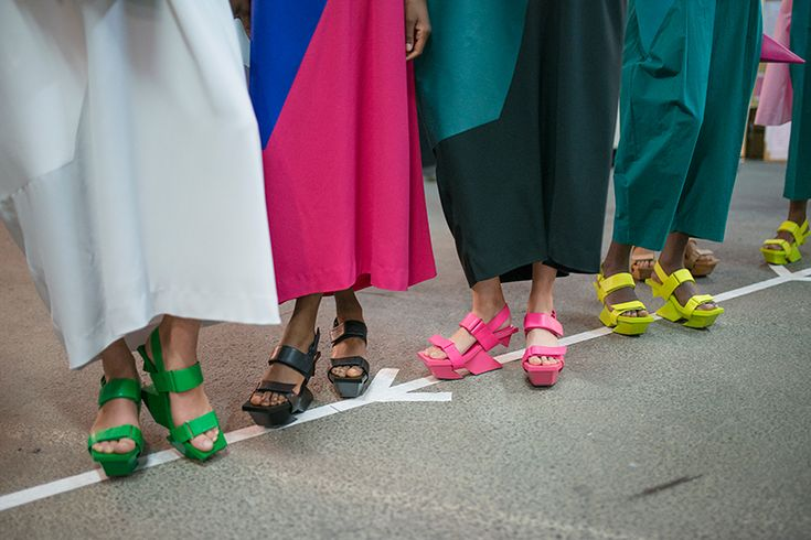 Des chaussures sculpturales