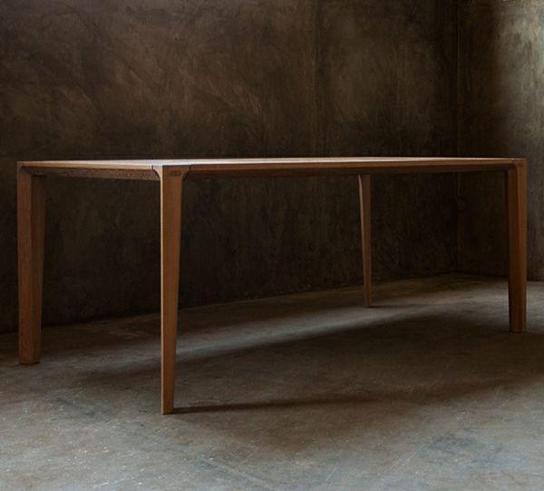 puristische Form skandinavische Holz Möbel
