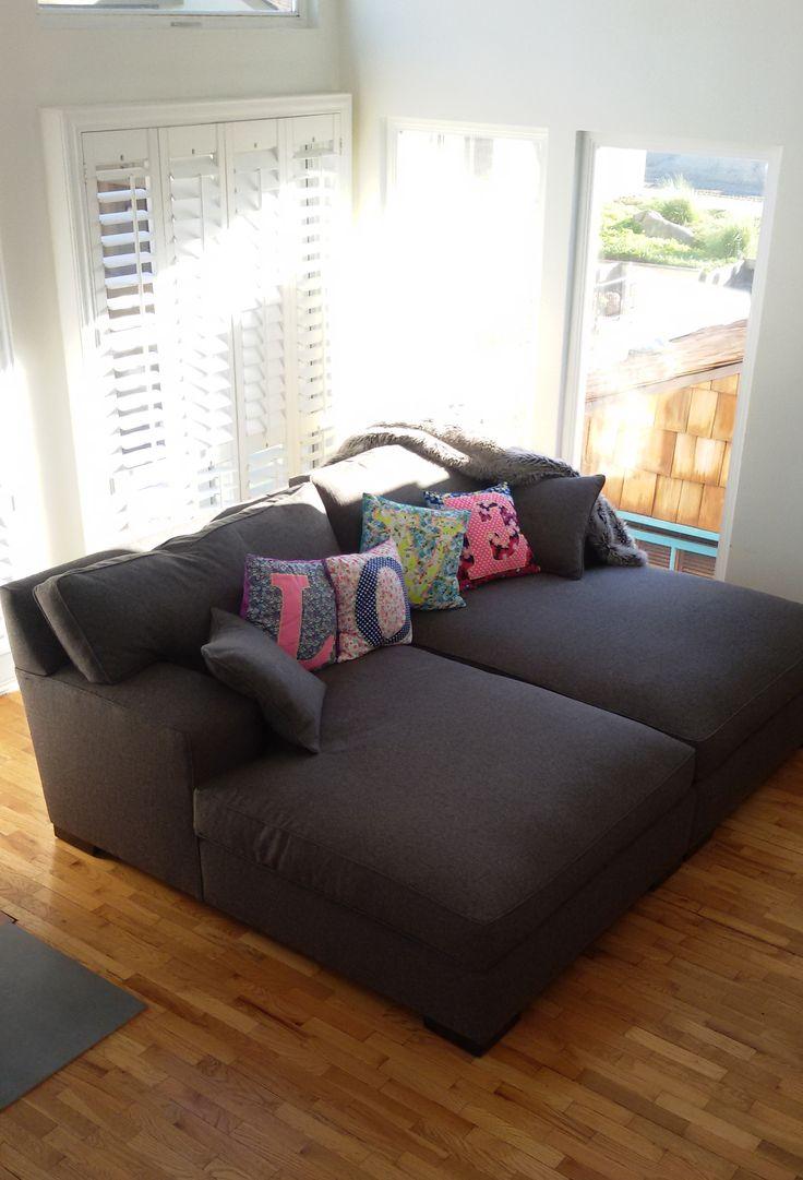 Double Chaise Lounge #chaiselounge #interiordesign #customfurniture #urbancolony