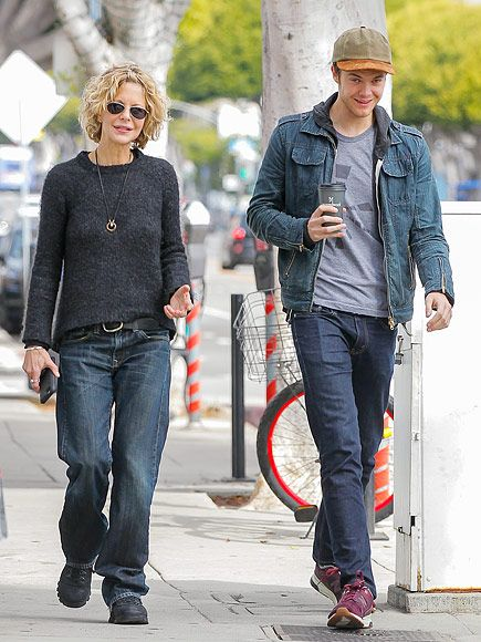 Star Tracks: Wednesday, January 20, 2016 | SON-NY DAY | Meg Ryan and 23-year-old son Jack (with ex-husband Dennis Quaid) take a stroll in L.A. on Tuesday.