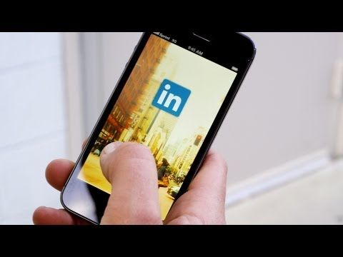 LinkedIn iPhone app version 6 ready for download.
