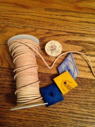 DIY: Easy Homemade Bird Toys |