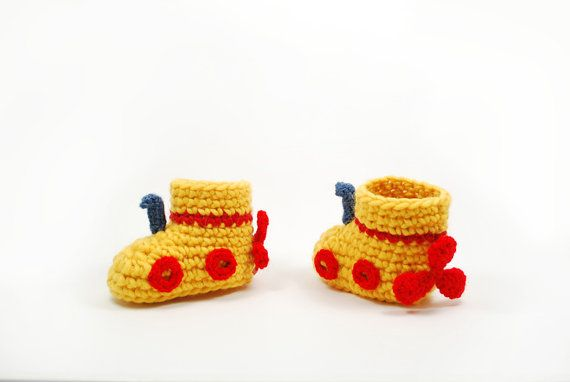Yellow Submarine Baby Boots Crochet Pattern by RedSewingBox, €3.50