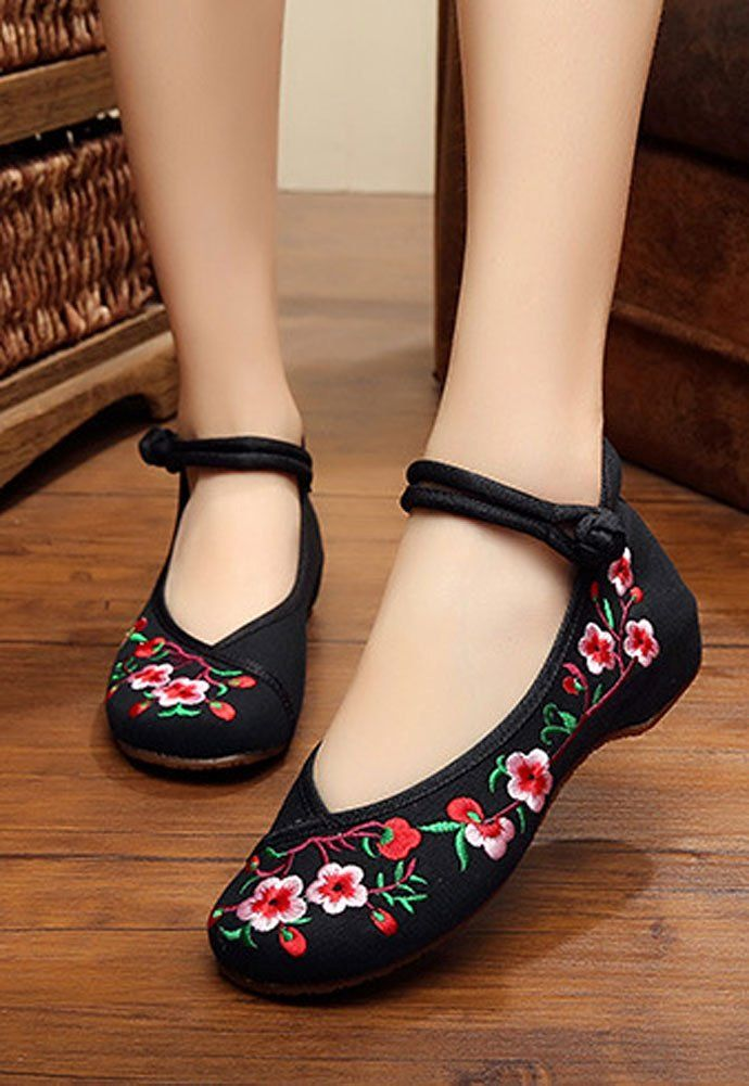 Amazon.com | AvaCostume Embroidery Womens Classics Flats Rubber Sole Casual Shoes | Fashion Sneakers