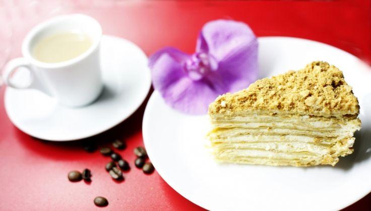 Traditionelle russische Schichttorte Napoleon -   Russian Napoleon Cake
