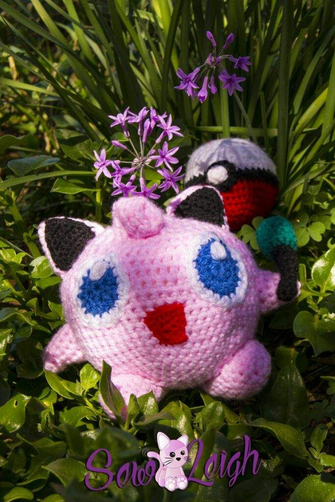 Jigglypuff Amigurumi with mike (pattern will be released soon)
