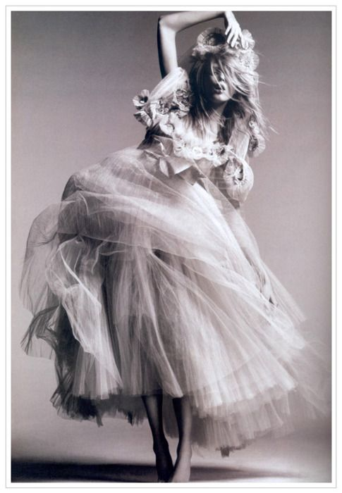 dance and expressFashion, Tulle Skirts, Greg Kadel, Couture, Tulle Dresses, The Dresses, Vogue China, Anja Rubik, Black