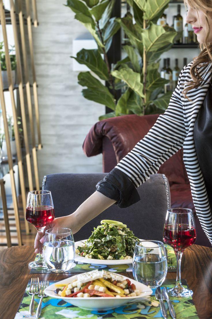 Αντί να πάρετε το lunch break σας στο γραφείο σας σήμερα, επισκεφτείτε το The Upper House με τους συναδέλφους σας και απολαύστε ένα γεύμα μακριά από τις πιέσεις της δουλειάς. #TheUpperHouse #UpperHouseAthens #CityLink #Athens #Restaurant #AthensRestaurant #Cafe #AthensCafe #CoffeeHouse #Coffee #CoffeeInAthens #AthensCoffee #AthensCoffeeHouse #Drink #Beverage #Bar #BarInAthens #AthensBar