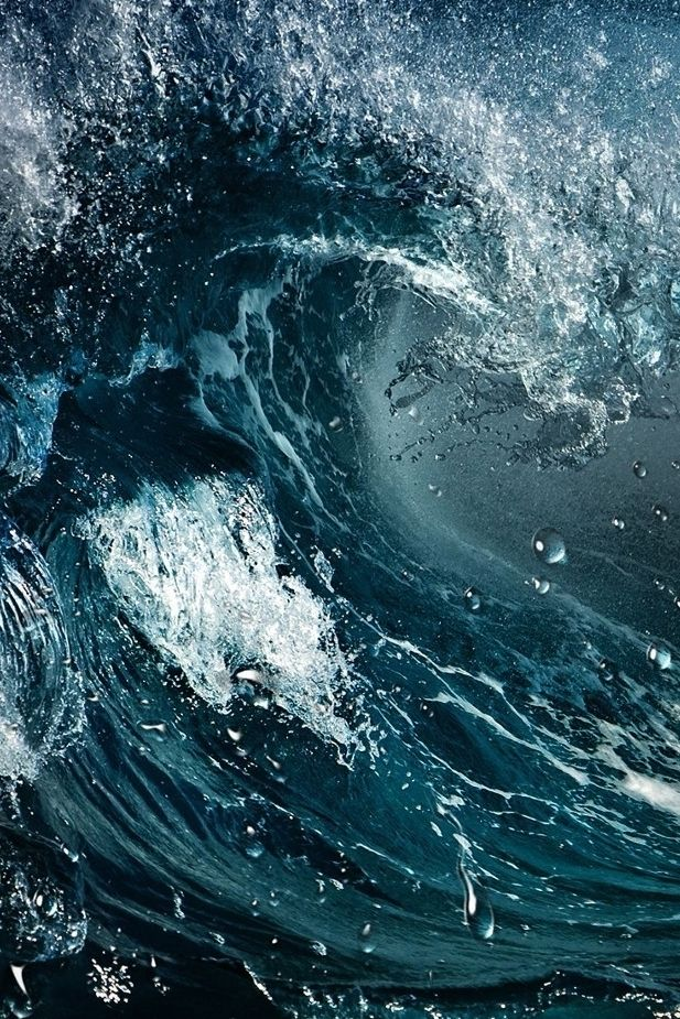 wavemotions:  Amazing water wave by Sander van Maurik