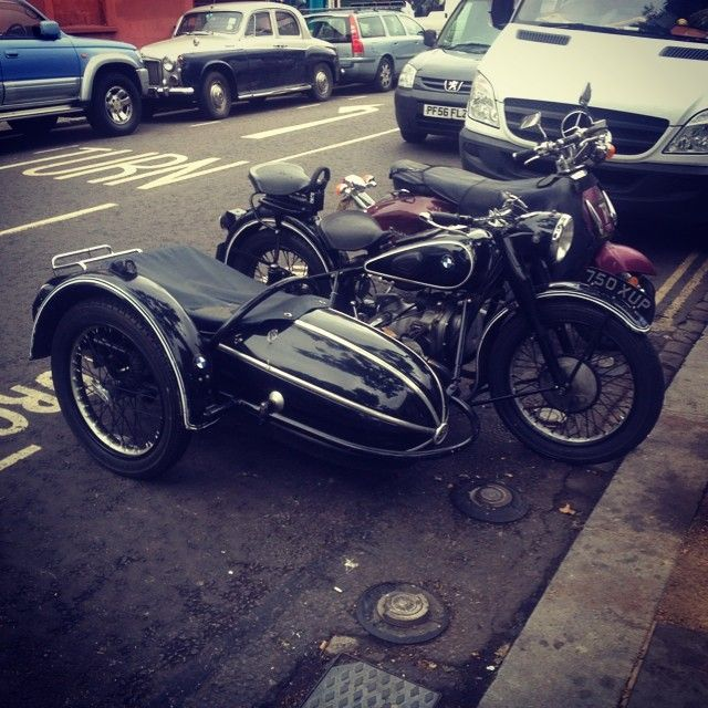 Vintage BMW with Sidecar @somebodyandsons