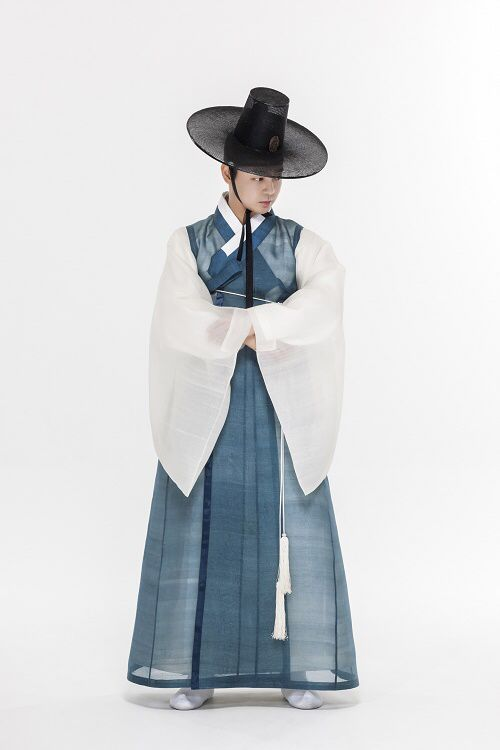 한복 Hanbok : Korean traditional clothes[dress]                              …