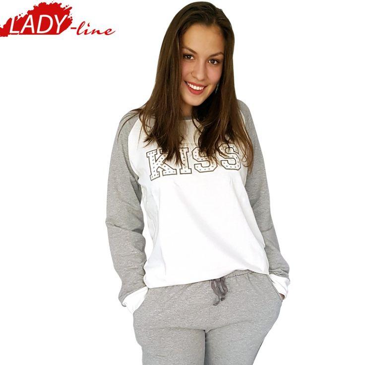 Poze Pijamale Dama Maneca Lunga, Model Kiss, Brand Italian Fashion Design, Material Bumbac 100% Interlock, Culoare Alb/Gri, Pijamale Dama Calitate 100%