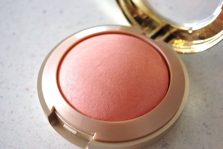 Milani luminoso-the prettiest glowy peach blush at the drugstore!
