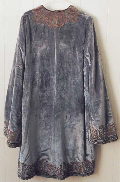 Evening coat early 1920s Vitaldi Babani (French, born Middle East, active 1895-1940)   Silk, metal (hva)