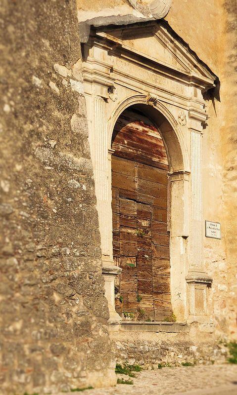 Norcia, Umbria, Italy - Ruderi Chiesa S.Maria della Pace Photo by Gianni Del Bufalo (CC BY-NC-SA 2.0)इटली  意大利 Italujo イタリア Италия איטאליע إيطاليا