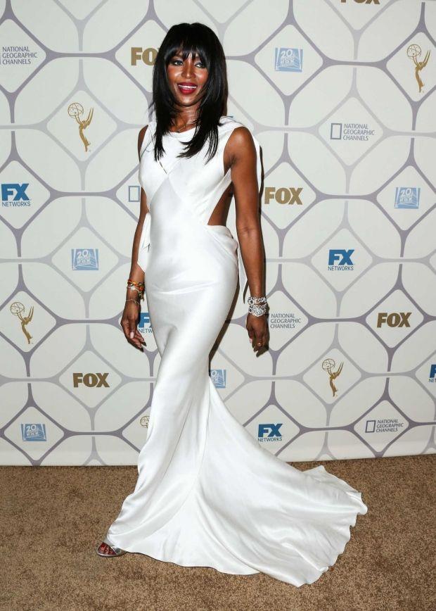 Se de smukke kjoler til Emmy Awards | SE og HØR