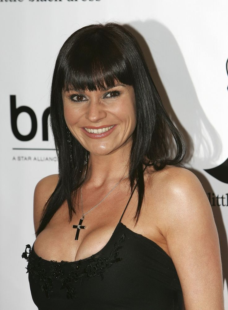 Lucy Pargeter Nude Photos 8