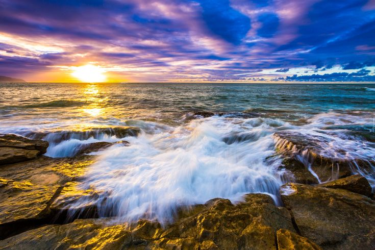 Morze, Fale, Wschód słońca