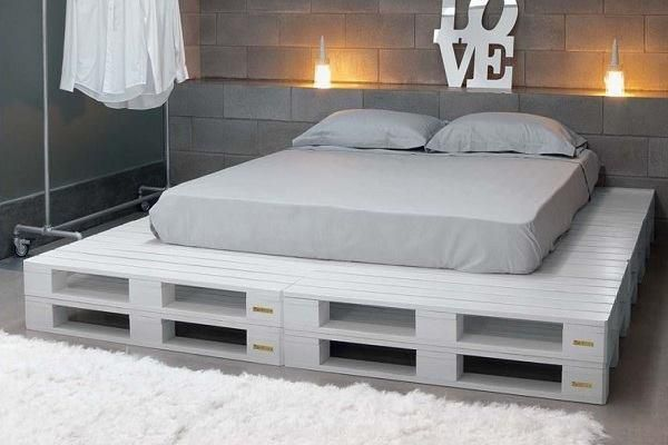 Paletten Bett                                                                                                                                                                                 Mehr