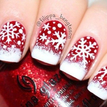 Idée nail art flocon de neige                                                                                                                                                                                 Plus