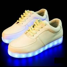 Led luminoso scarpe 7 colori unisex led sneakers uomini e donne scarpe da tennis di ricarica usb luce led adulti scarpe basse(China (Mainland))