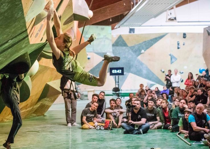 When I received a message inviting me to the 2017 Studio Bloc Masters competition in Germany I jumped at the opportunity. Along with the CWIF in Sheffield, Studio Bloc Masters is the major pre-season warm up event for many of the top IFSC athletes and a rare chance to test themselves against a strong international field.