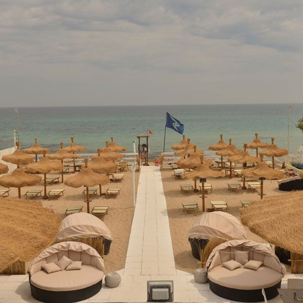 In #Capitolo south of #Monopoli we can highly recommend the  #LidoBambù – Centro #Surf #kitesurf #puglia #italy