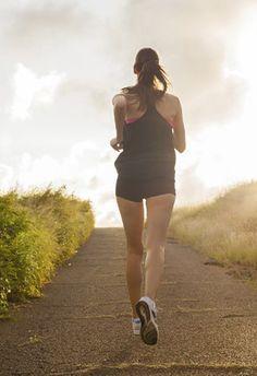 Lauf den Kilos davon! Hier gibt's passende Tipps: http://www.gofeminin.de/sport/abnehmen-durch-joggen-s1443571.html #joggen