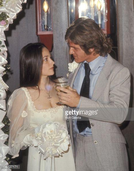 Olivia Hussey & Dean Paul Martin: April 17, 1971 in Las Vegas (divorced in 1973). Children: 1