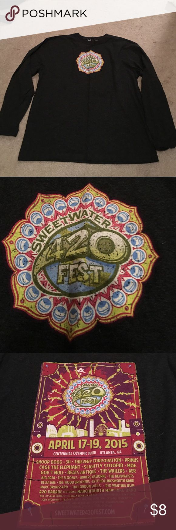 Sweetwater 420 fest shirt Super soft long sleeved dark gray shirt from Sweetwater 420 fest 2015. Tops Tees - Long Sleeve