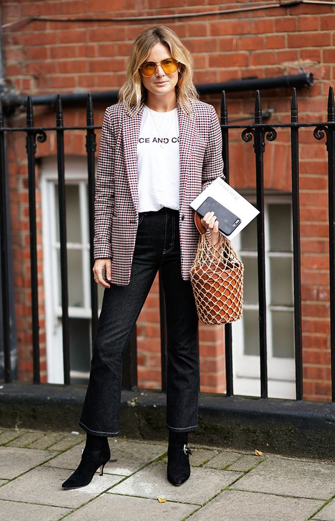 8d2d0f8db7b Here are 10 fresh ways to style your graphic tees this season