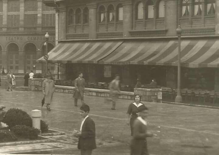 Cafe Cervantes. Escandalera. Inagurado en 1929