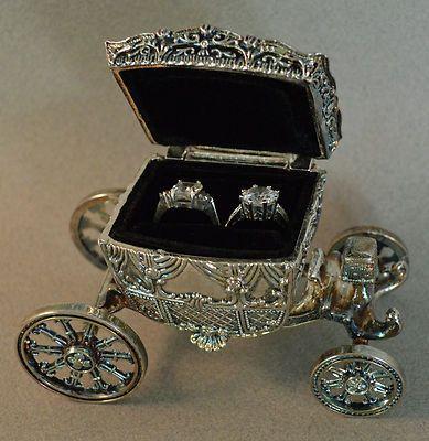 Vintage Cinderella Styled Ring Holder