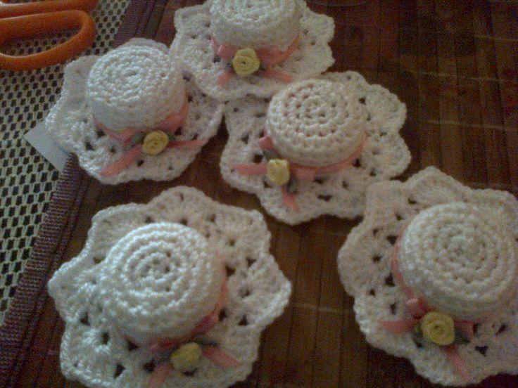 gorritos a crochet para souvenirs