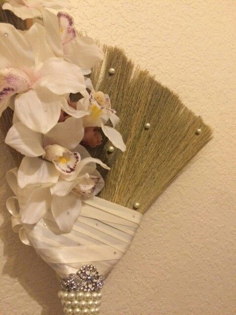 Wedding Jumping Broom #etsy #broomsbasketsnbrides