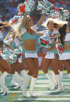 Photos of the hottest NFL cheerleaders from Week 17 of 2014 season