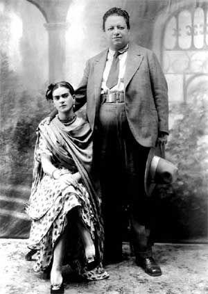 Frida Kahlo y Diego Rivera en el día de la boda en 1929