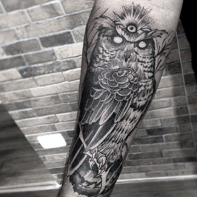 Owl Tattoo Arm - Black Work by Fredao Oliveira