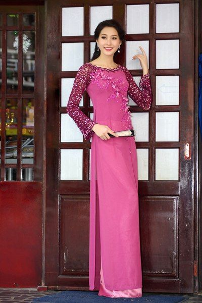 Vietnamese traditional dress
