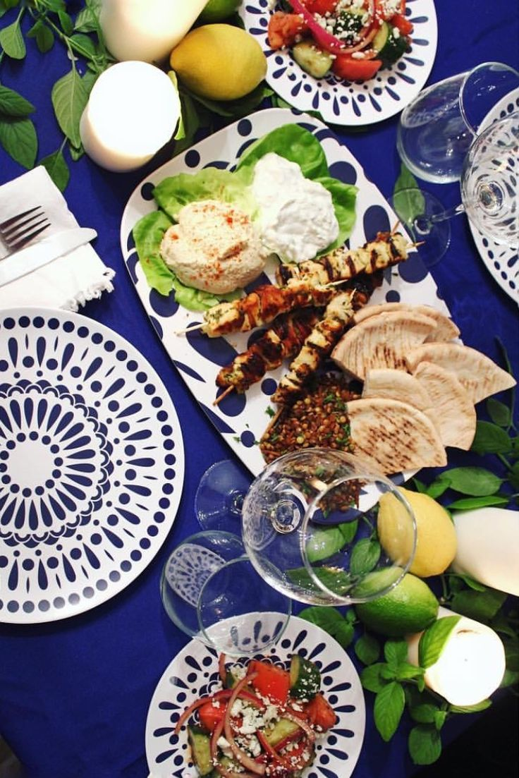 Stop by for a Mediterranean Dinner. Melamine Plates and Platters. Dishwasher safe. plateshoppe.com. #tablesetting #tabledecorations #partyplanning