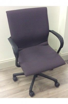 World class retailer of used office furniture, used office chairs, used seating in Orlando, FL UOF-30-010