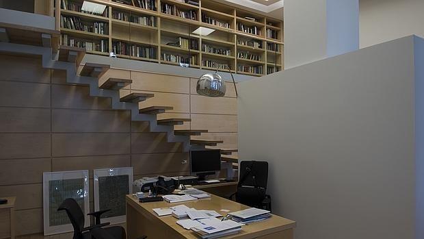 El dúplex de Gallardón que Carmena ha convertido en su despacho