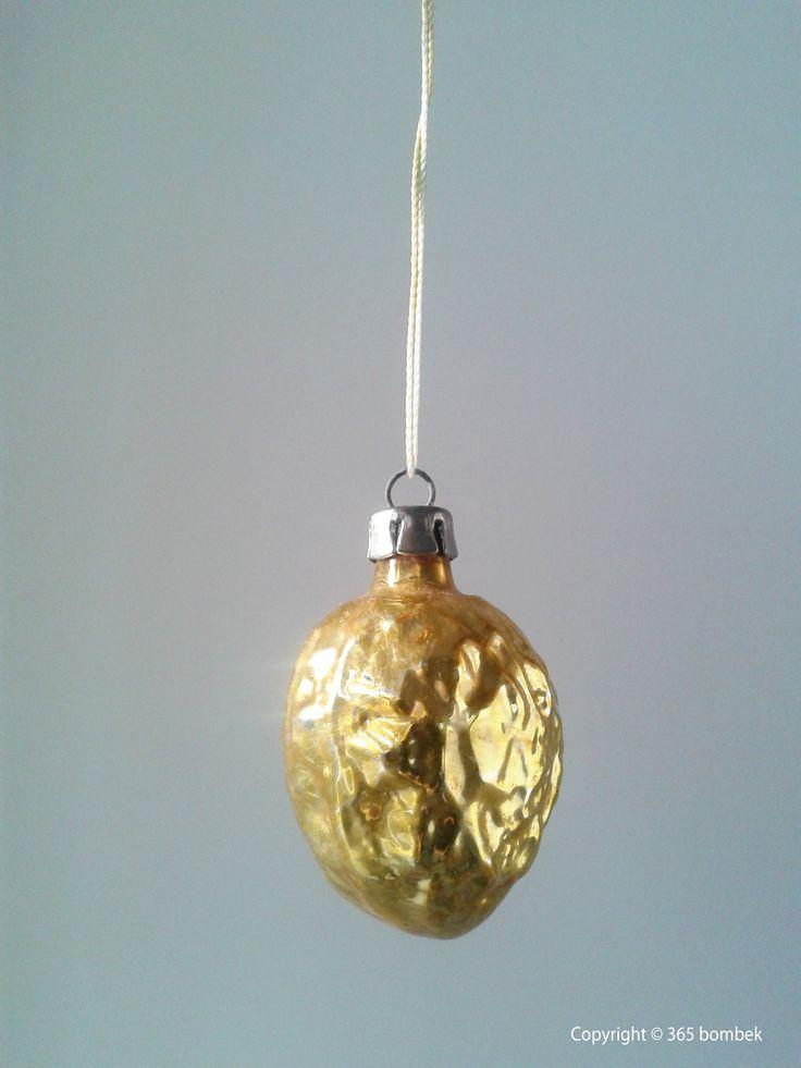 gold walnut