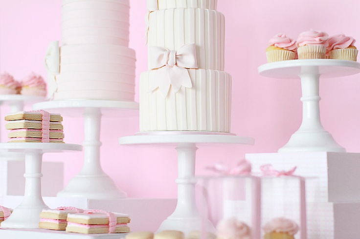 Pretty in Pink Sweet Table  Photo credit: www.moniquephoto.com  Styling: www.principalplanner.com  Cakes: www.luisagaluppocakes.com