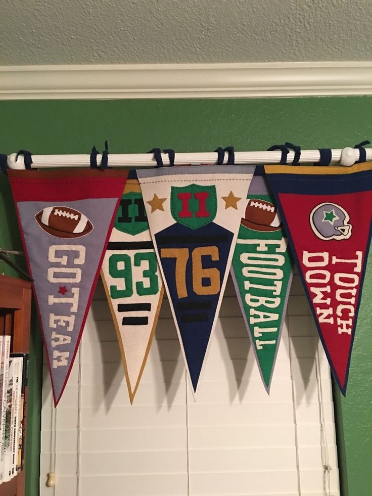 Team Curtains Teamcurtainscom: 1000+ Ideas About Sports Themed Bedrooms On Pinterest
