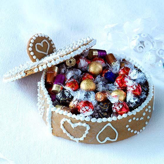 Æske af brunkage, jul, dansukker, brunkager, inspiration, opskrift, christmas,